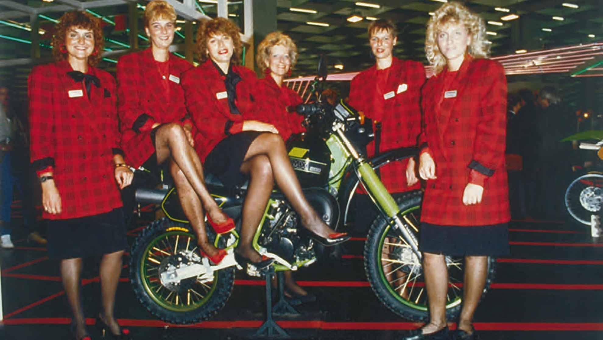 1988-kgross-ZEITLEISTEN_BANNER-40Jahre-Zelt-