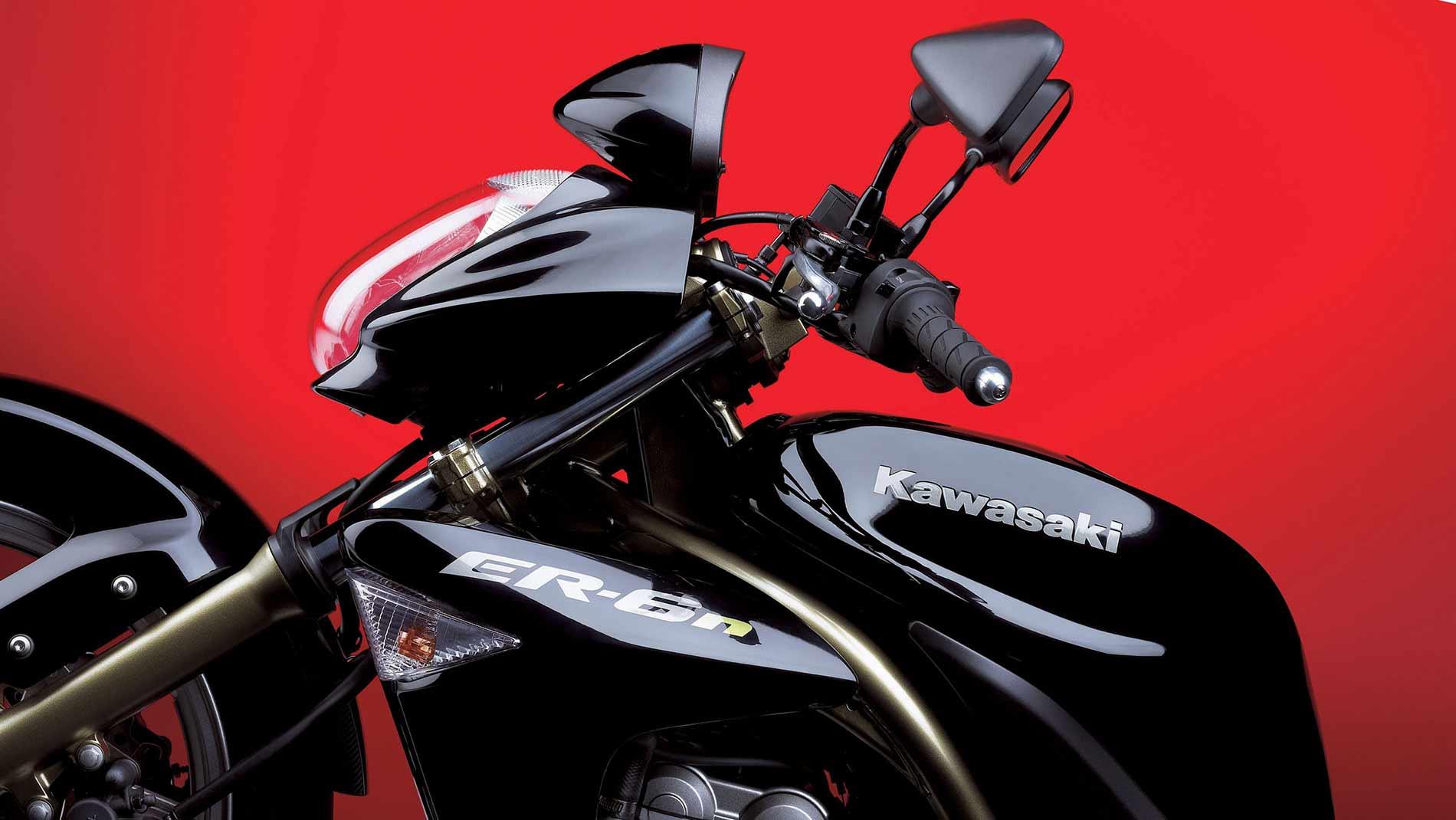 2005-k-er-6n-gross-06ER650A_BLK_Styling03